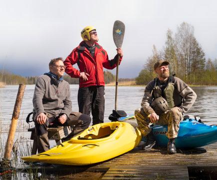 Tuomo Korpela, Juha-Pekka Palasmaa ja Pete Rantapää ovat vetäneet yhdessä lukuisat retket ja leirikoulut. Nuorisotyön muotona seikkailukasvatus on tehokasta ja intensiivistä.